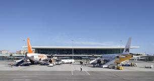 Terminal Facing North